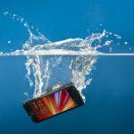 5 Cara Mengeringkan Ponsel Basah