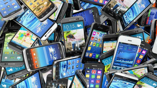 Smartphone Top Tahun Ini