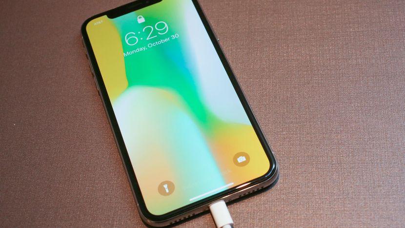 10 Smartphone Peniru iPhone X Akan Segera Hadir