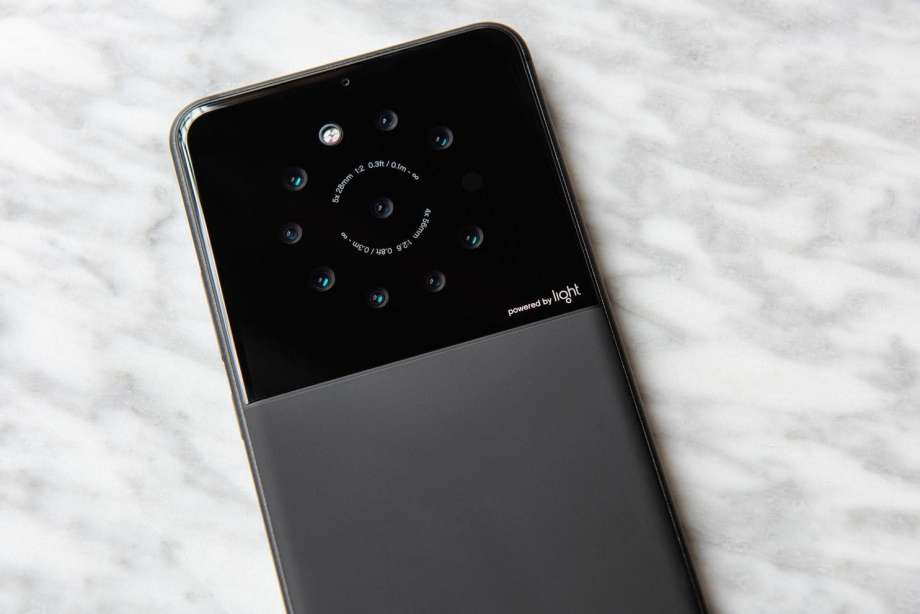 Smartphone dengan 9 Kamera Akan Segera Hadir?